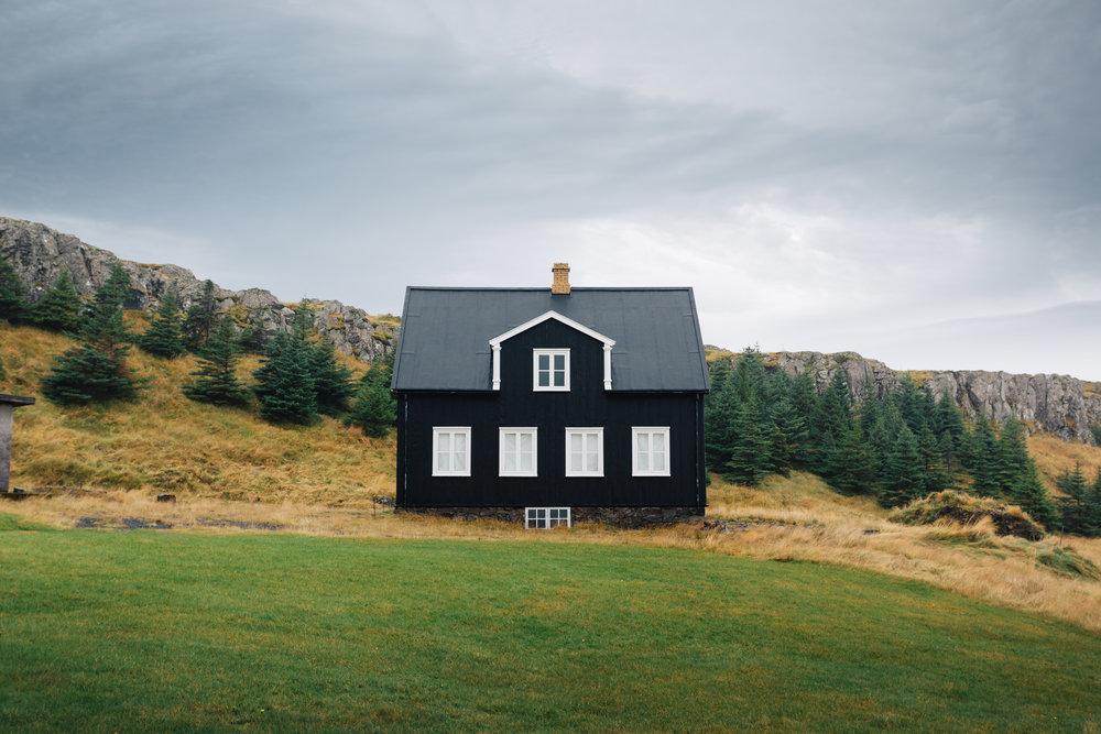 Houses of Iceland-2.jpg