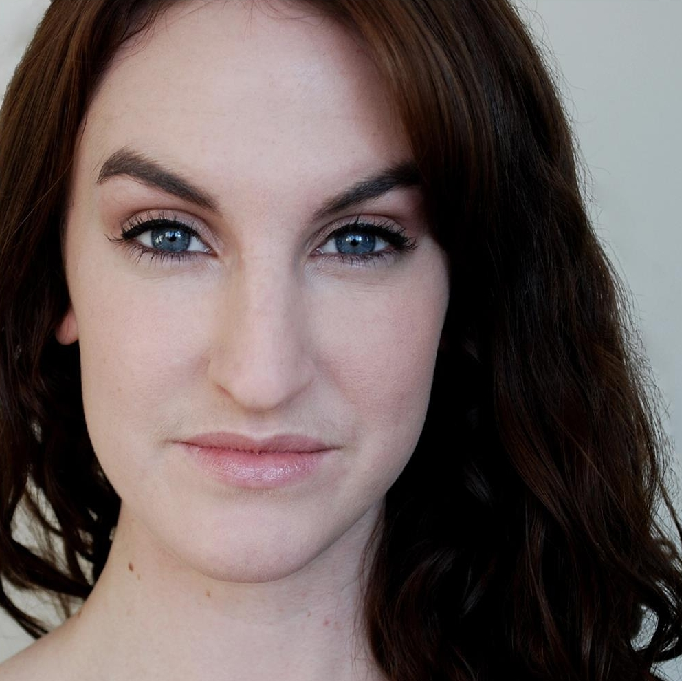 Becky Tanton Headshot.jpg