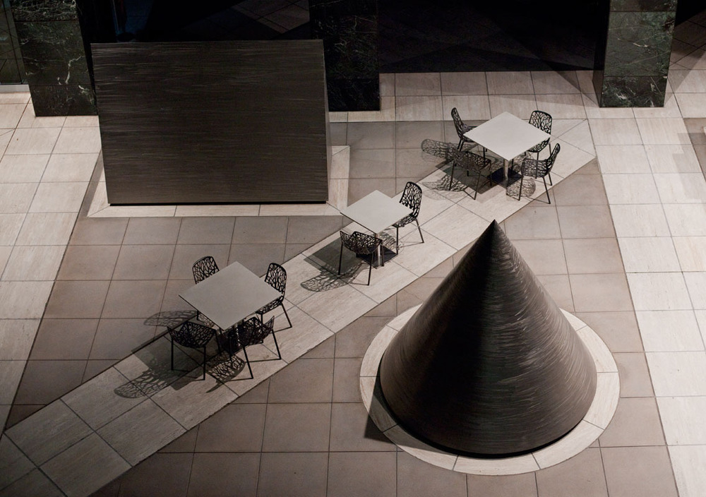 tables_chairs_cone.jpg