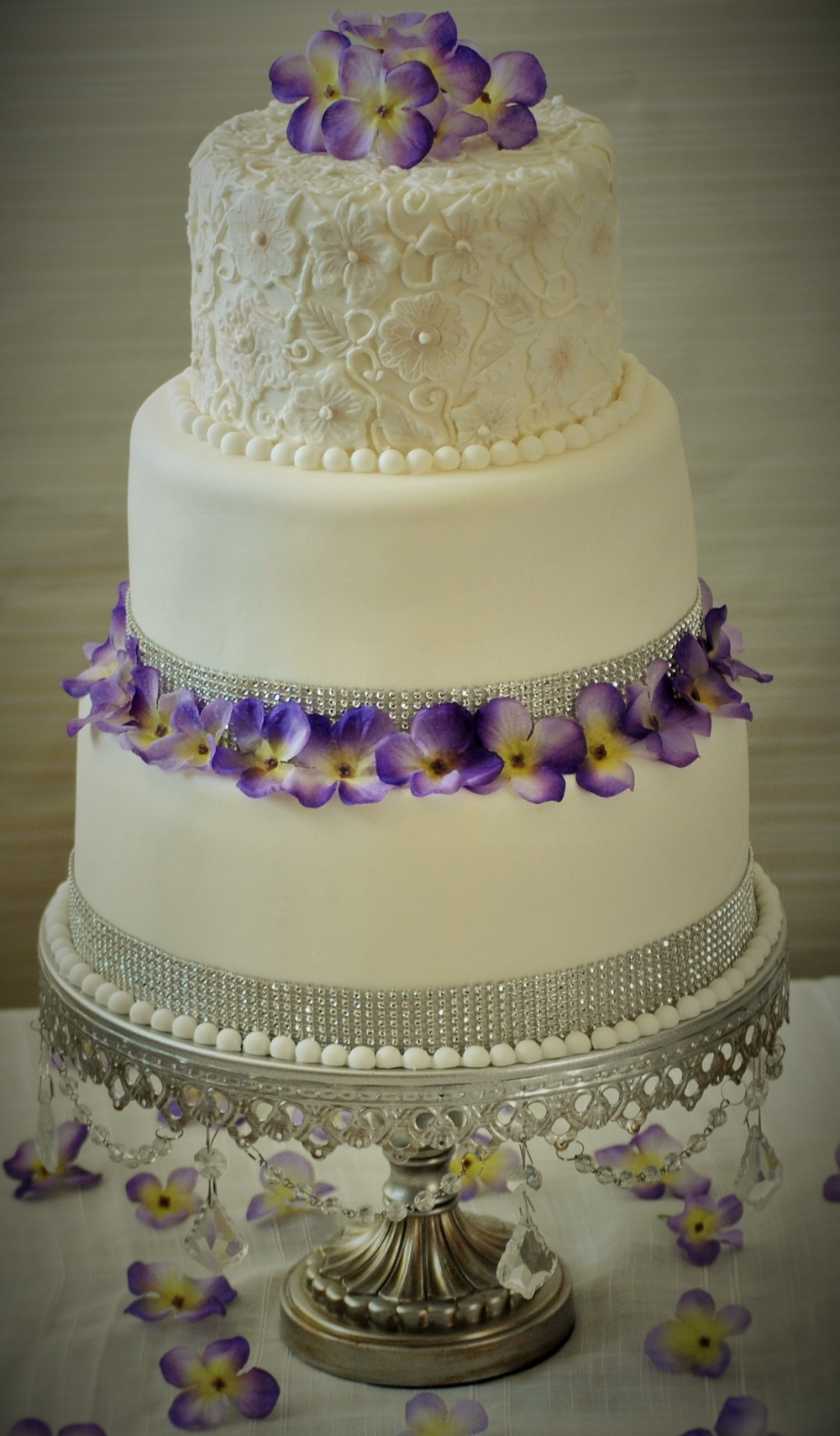 Lace Top White Wedding Cake