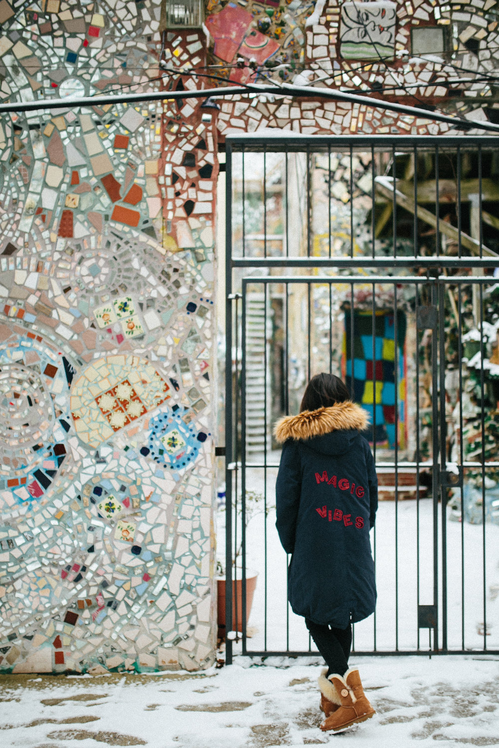 The walls around 'The Philadelphia Magic Gardens' are just gorgeous, and there's so much to be explored. We are definitely coming back for a longer visit when it is warmer.