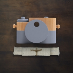 Handmade wooden camera, Twig Creative