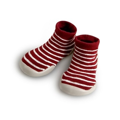 LET IT SNOW! THE PERFECT CHRISTMAS SLIPPER. THESE COLLEGIEN SLIPPERS ARE SO UNIQUE - PERFECTLY PRACTICAL AND BEAUTIFULLY DESIGNED
