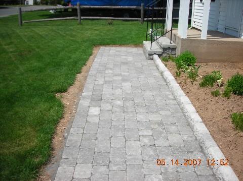 landscape_services_daves_sidewalk.jpg