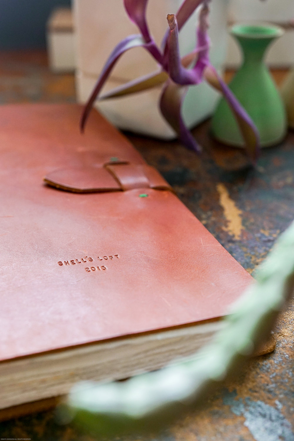 Shell's Loft :: Leather Contact Guest Book