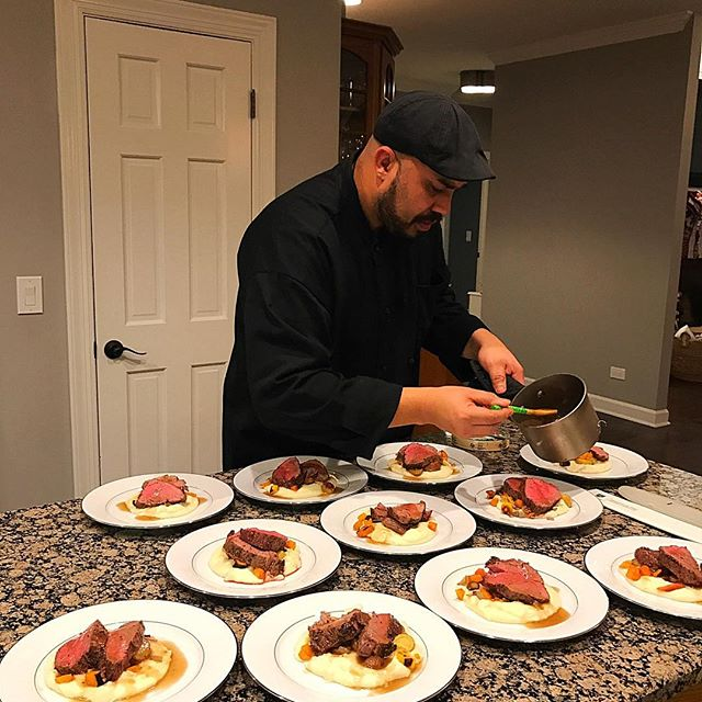 Client's party last night...plating roasted peppercorn crusted beef tenderloin with demi glace, garlic mashed potatoes, and fall root vegetables.  #cheftony #elevatefood #chicagofoodpic #instapic #instafood #foodie #chicagofoodie #chicagofoodscene #foodpic #dinner #🍴#nofilter