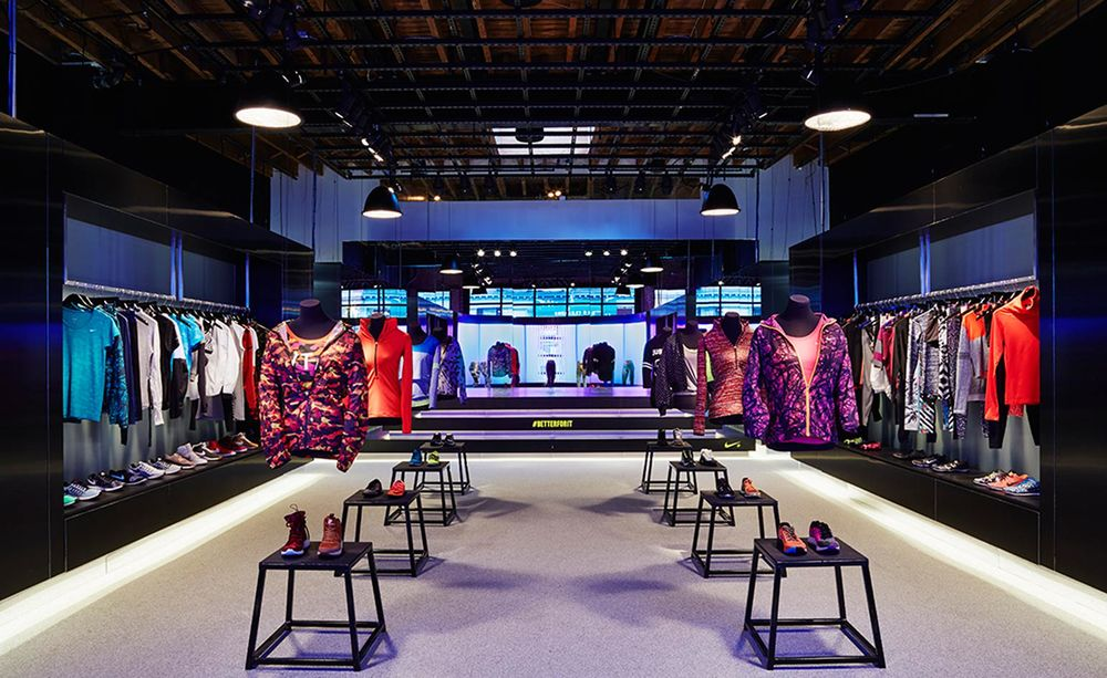 Nike's New Invitation-Only Women's Fitness Studio / estiloNYC