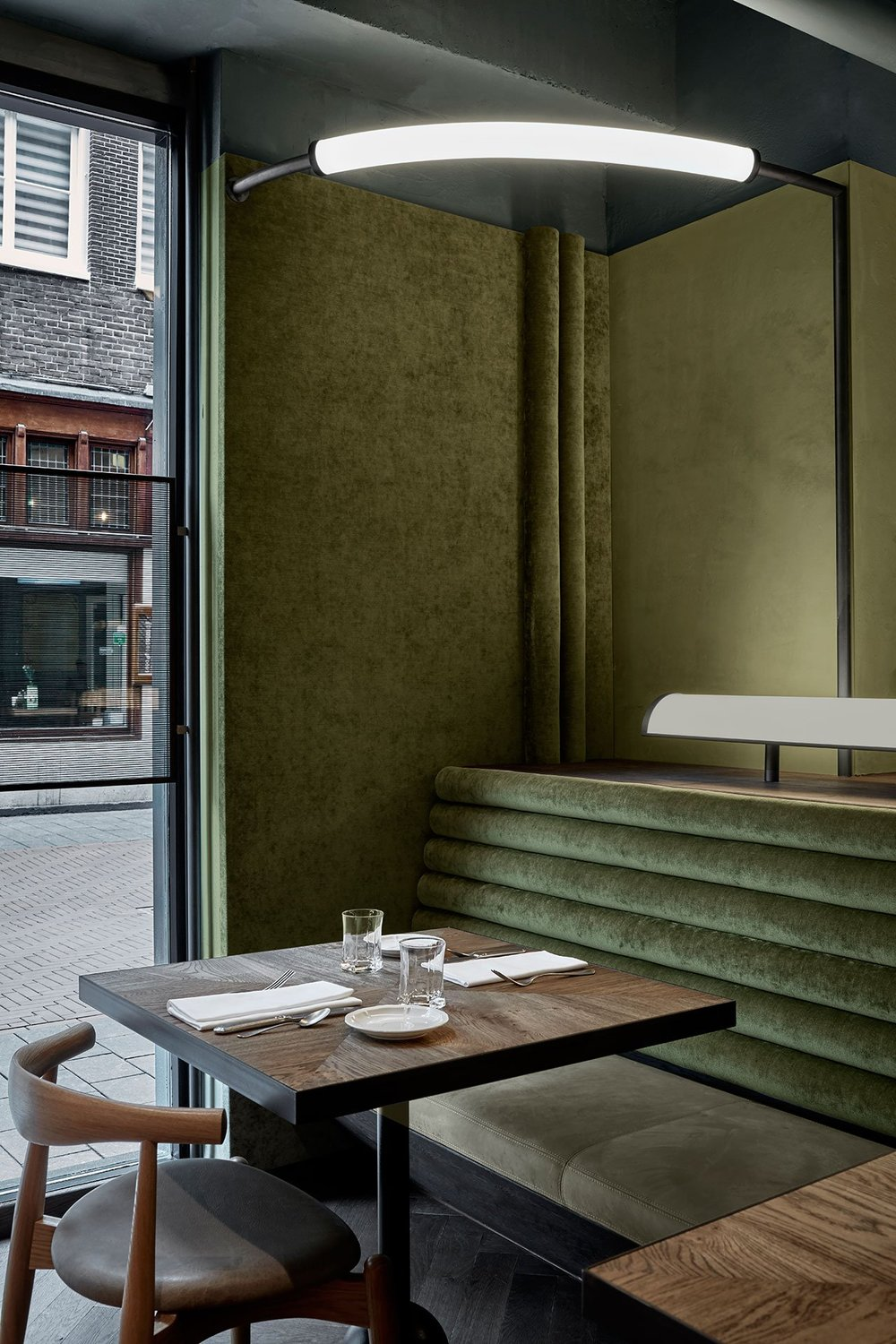 s4_restaurant_wyers_and_miss_louisa_amsterdam_the_netherlands_studio_modijefsky_yatzer.jpg