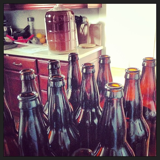 Time to bottle the summer heffffff! #homebrew #hefeweizen #beer #soupmama  (at Soup Mama Mel's Kitchen)