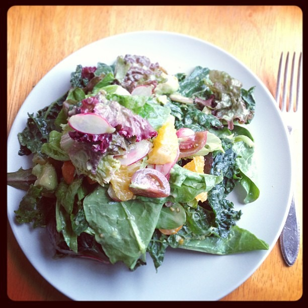 Salad with Moon Fox Farm little gems, Lola Rossa lettuce, sorrel, kale and breakfast radishes. #moonfoxfarm #soupmama #biodynamic #farmtotable (at Soup Mama Mel's Kitchen)