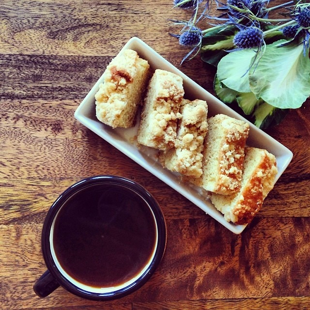 Pastry chef @evaw18's morning coffee cake, verve coffee, camping mug #thefrenchlaundry #blackfriday #morningfix