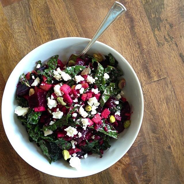 beets, farro, kale, feta, apple, pistachio = lunch 😋#farmtotable
