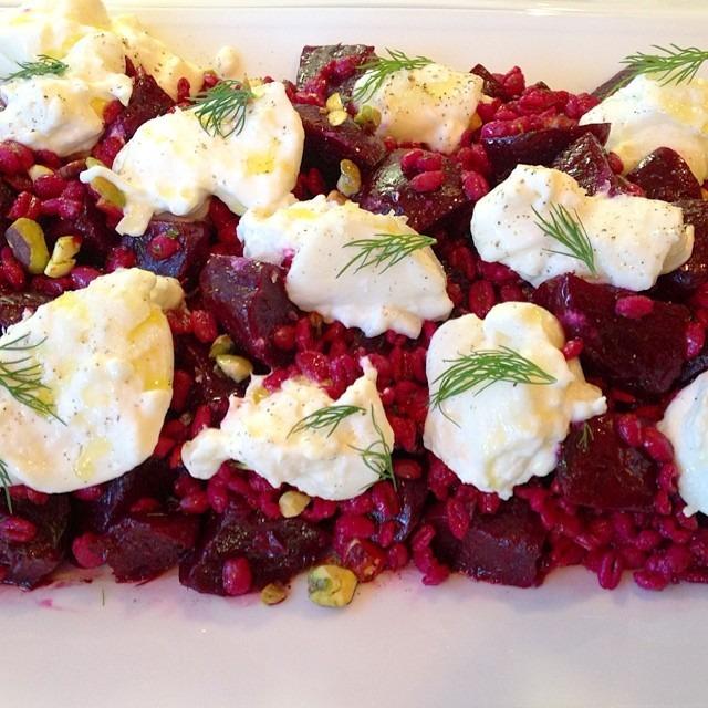 Burrata-ta-ta-tahhh! Beets, farro, pistachio, dill #burrata #cheese #salad