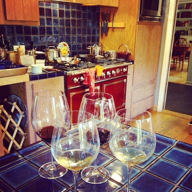 I get flights of fancy wine while I cook, love my clients and my job #privatecheflife @jazzbode (at Los Altos)