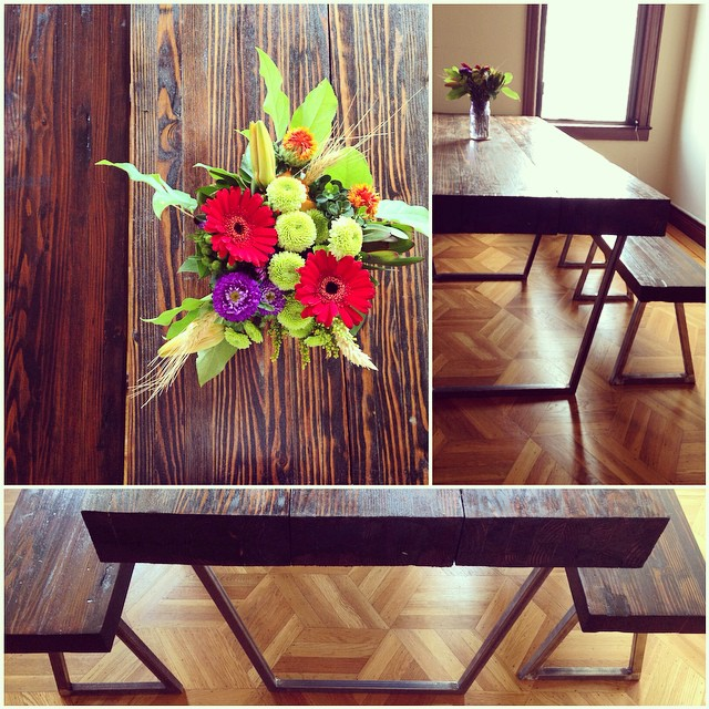 Who's coming over for dinner? Pictures don't do justice to this beautiful new dining table handcrafted by my talented welder/carpenter friend @backyardtreasures thanks to all your hardwork! #farmtotable flower cameo @fauxtoe