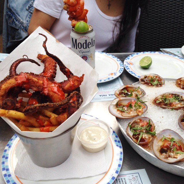 Best idea ever. 🍤🍺 #modelo #octopus #clams