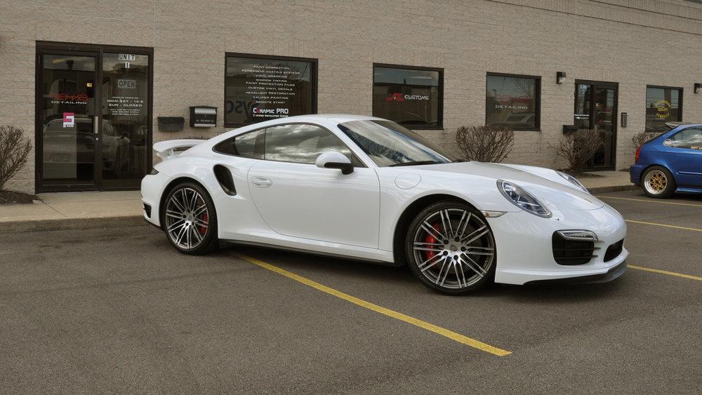 991.2 Porsche 911 Turbo - Rockstar Detail