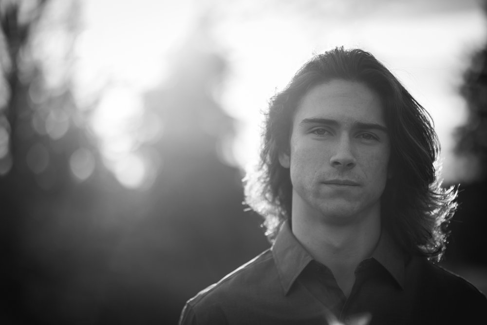 MaryVance - senior - guy - portrait - sammamish - washington - photographer_12_ColeBrinkman1116_28.jpg