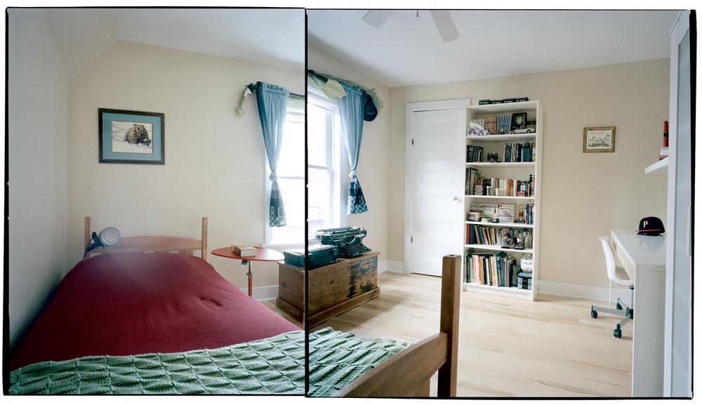 marcanthonyroom.jpg