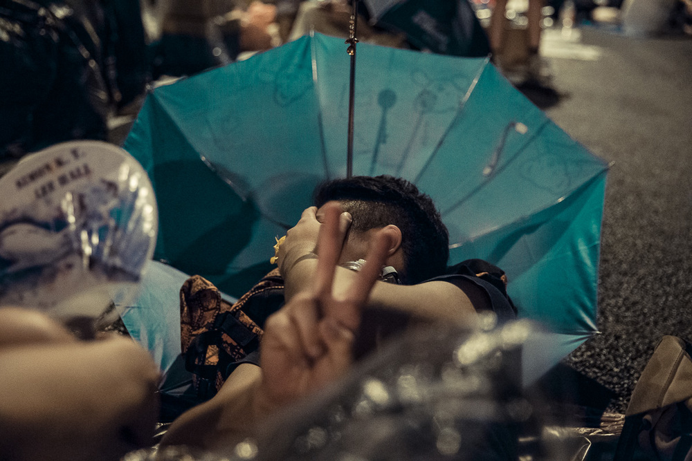 HDP-arts.com_Sleeping Soldier_Umbrella Revolution-9605.jpg
