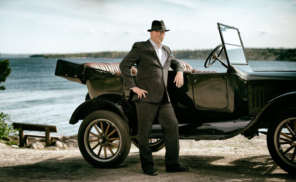 20's fashion, utomhus, T-Ford, Porträtt