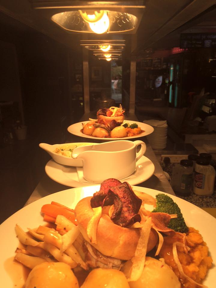 Sunday Roasts - The finest in Forest Hill! Click the photo to take you through to our menu.