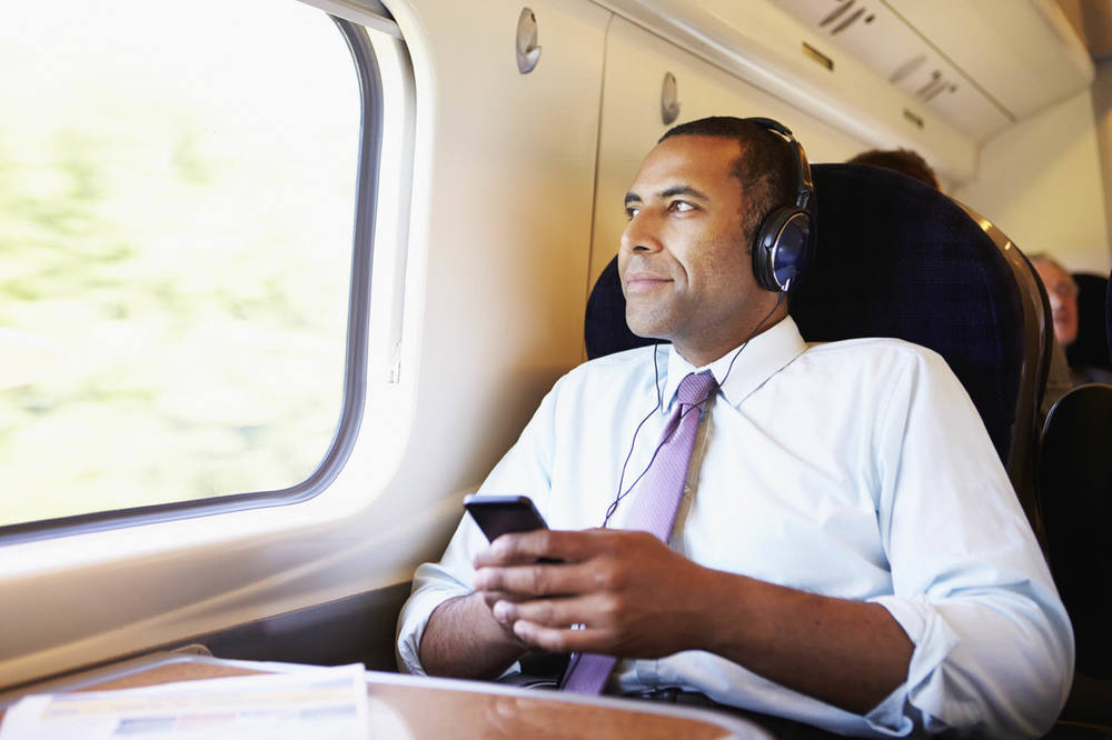 Studying flashcards by listening during train commute