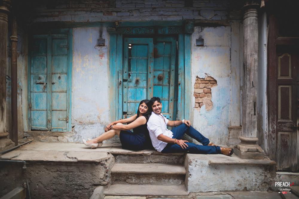V&M_PRE-WEDDING SHOOT_AHMEDABAD OLD CITY_PREACH ART-33.jpg