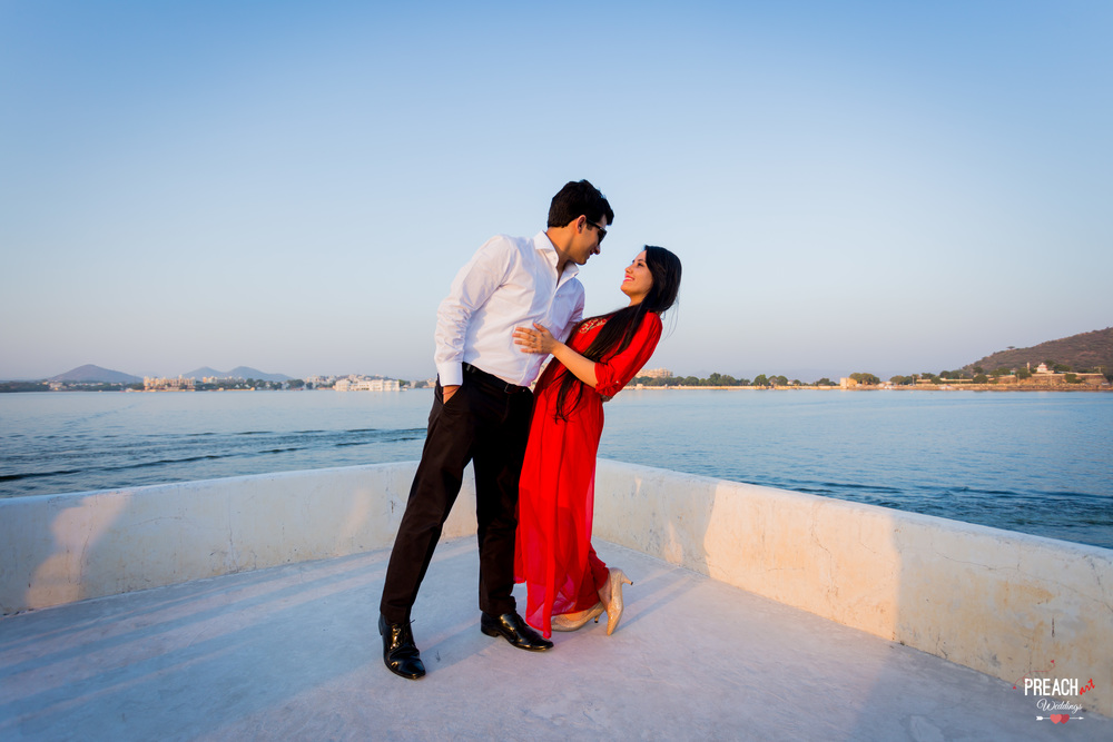 A&B_Udaipur Pre-wedding Shoot_PREACH ART-8.jpg