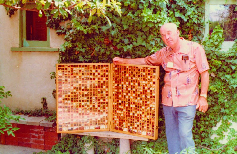 John Withee with his bean case at the Seed Banks Serving People Workshop in Tucson, Arizona, 1981.