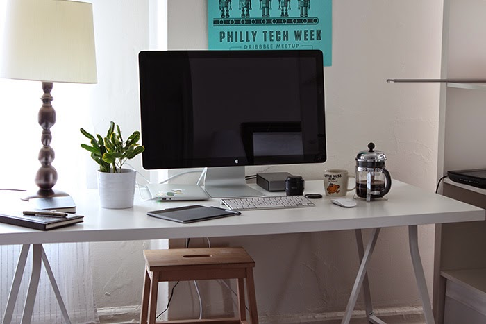Home office and desk tour for an illustrator writer work for Studio apartment office