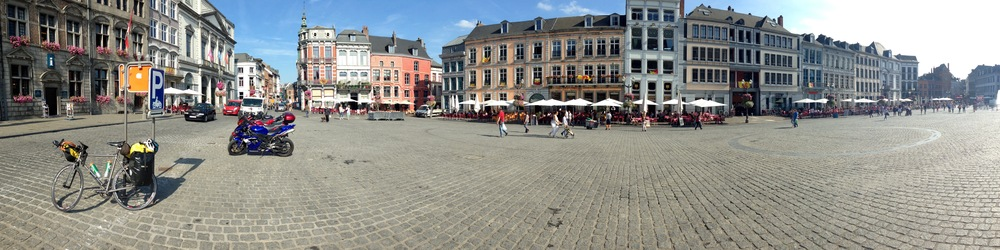 Town center of Mons
