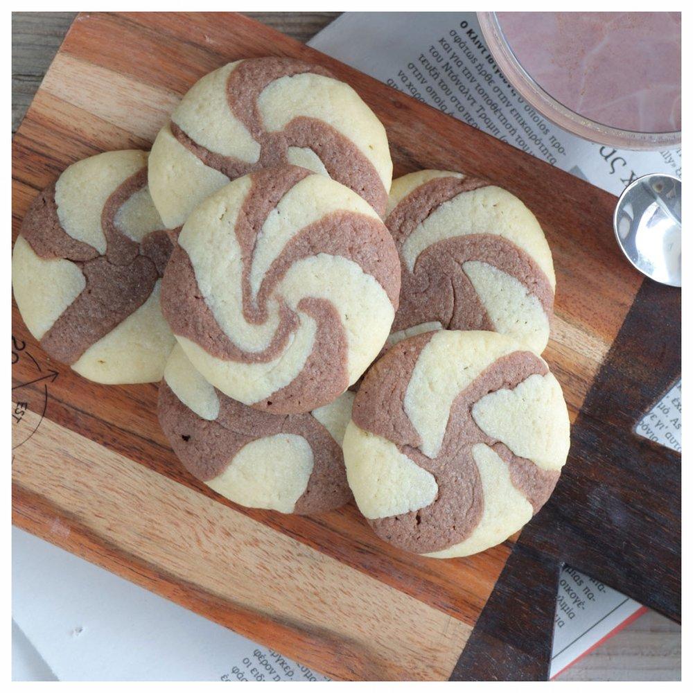 FB-L2-Ελικοειδή-μπισκότα-βανίλια-σοκολάτα-IMG_1902-2.jpg