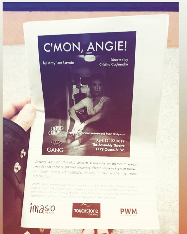 Had the privilege tonight of seeing @leroy_street_theatre 's C'MON ANGIE! by Amy Lee Lavoie. An honest, complex and heart breaking piece of theatre that dares to verbalize so many things we fear saying  to our friends, lovers, and abusers. *  We are especially proud of @coyotecollectivetheatre 's own Chin Palipane for his subtle yet moody lighting design - bravo! 👏 * Only a few more chances to see this show!  Tickets at www.brownpapertickets.com/ref/2982345/event/4089866  #timesup #indieunite #indieTO #torontotheatre #imwithher
