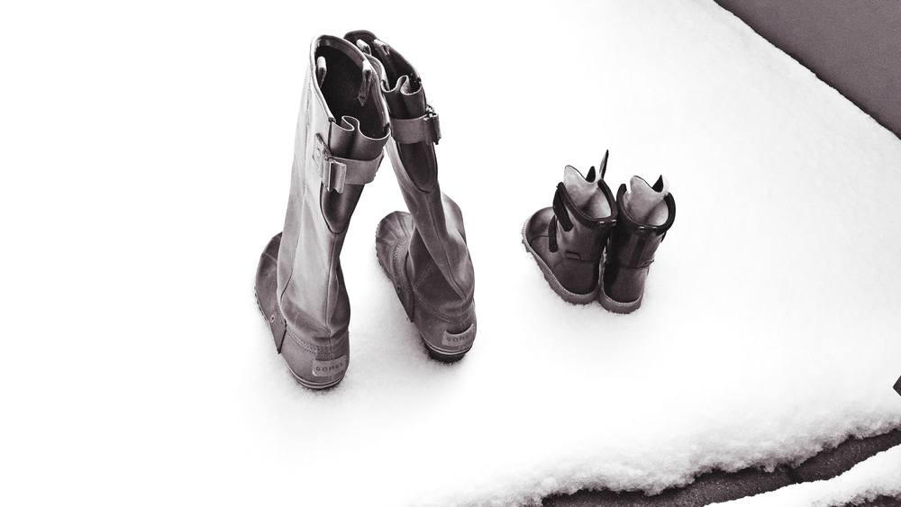 snow boots.png