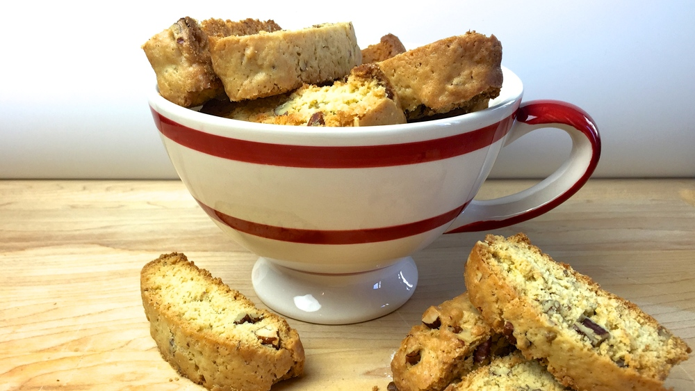 almond pecan biscotti