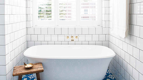 Halcyon house hotel, Cabarita beach Australia, Bathroom, Designed by Interior DesignerAnna Spiro