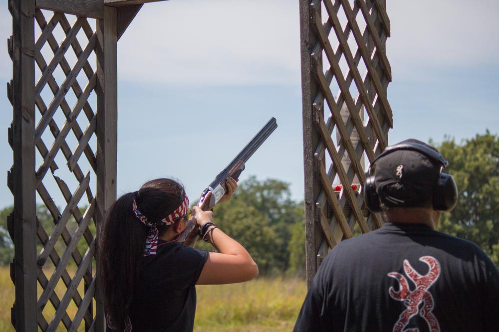Lady-Gun-4.jpg