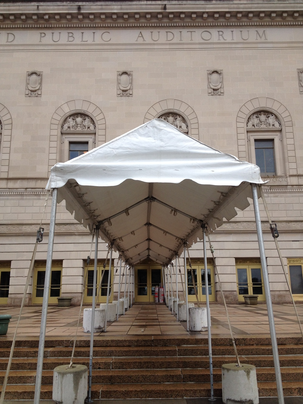 Walkway tenting to keep your guests safe and dry when entering a venue.