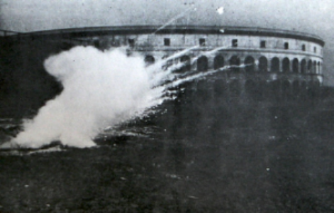 1942: Harvard University test of white phosphorus igniter in napalm bomb. Louis Fieser, The Scientific Method.