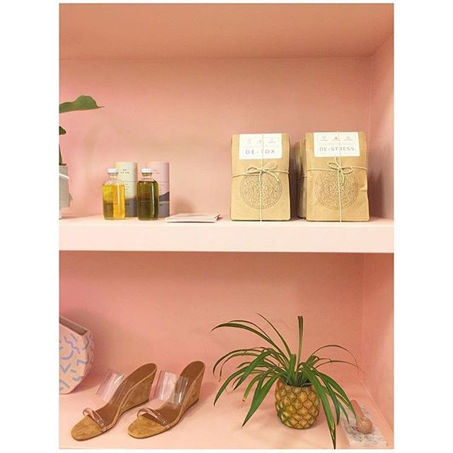 Love seeing our tea on the perfectly curated shelves of @continuumbazaar 💛 #shelfie