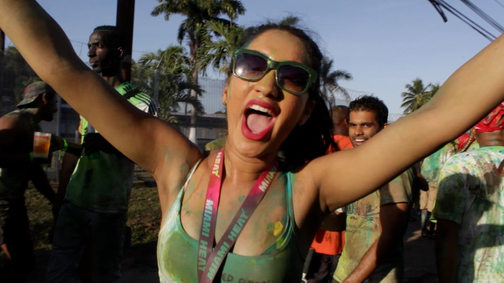 TEASER J´Ouvert Morning Spanish Soca Lovers (Eng subs)15.jpg