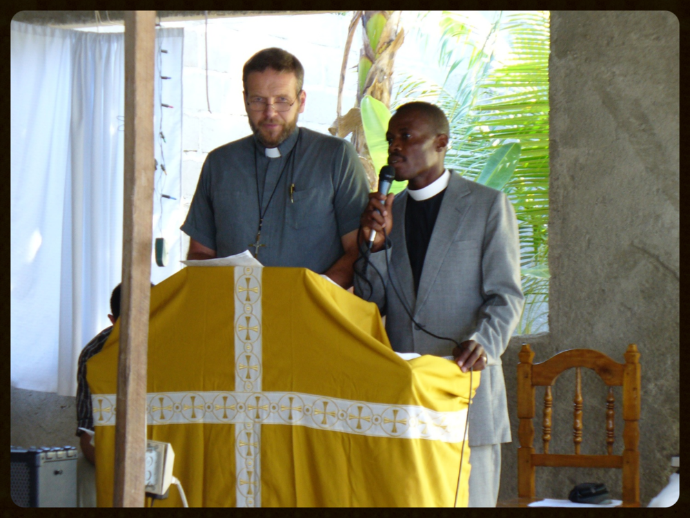 Sam Wiseman and Daniel Paul preaching in Ouanaminthe, Haiti.