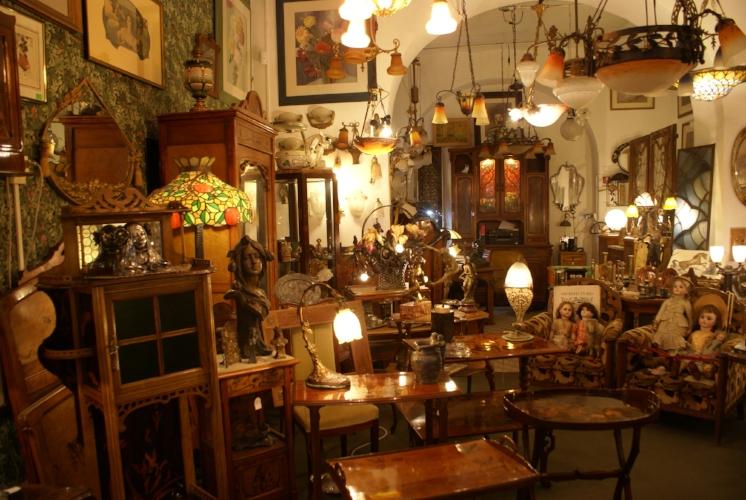 Interior - Bruschini Tanca Antiques