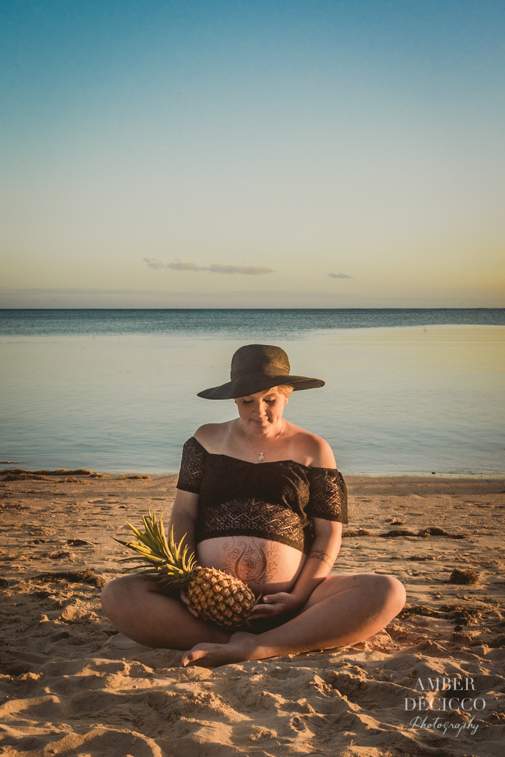 Vintage Hawaiian Maternity Session