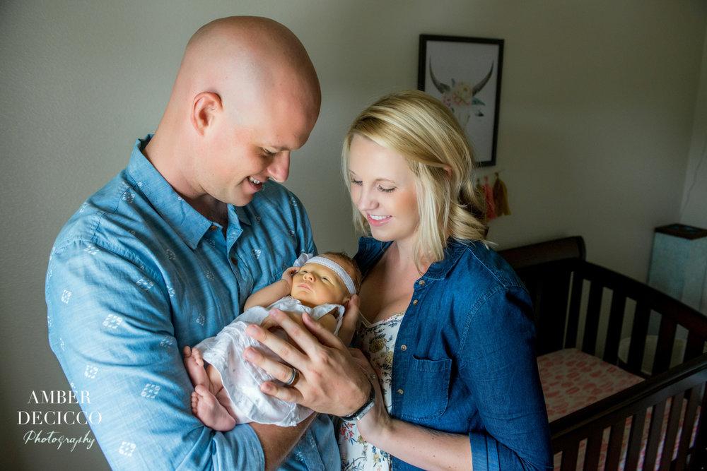 nessagrace-newborn-adeciccophoto-7518.jpg