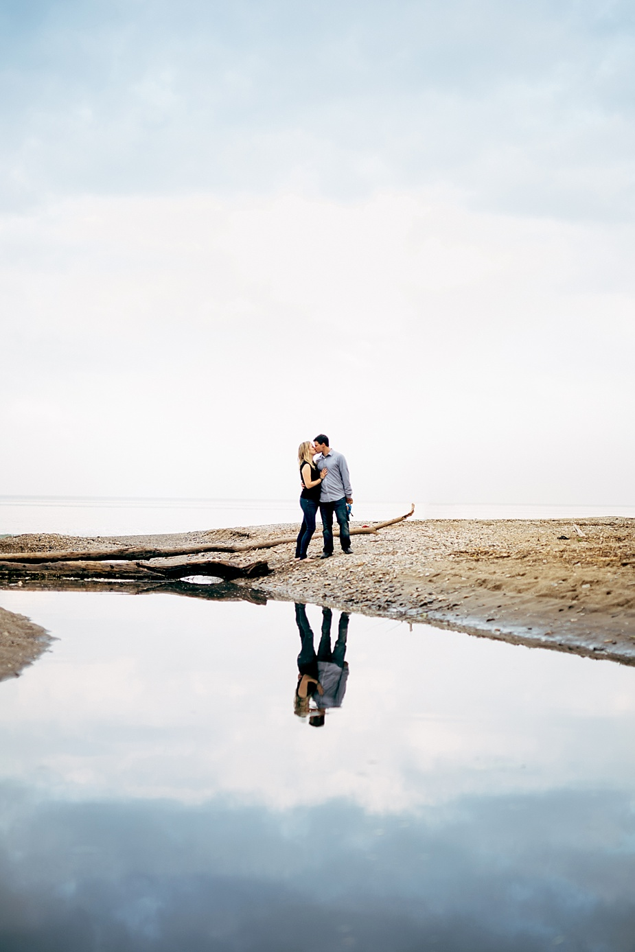 Phil-Shelly-Milwaukee-Engagement-Photographer_0013.jpg