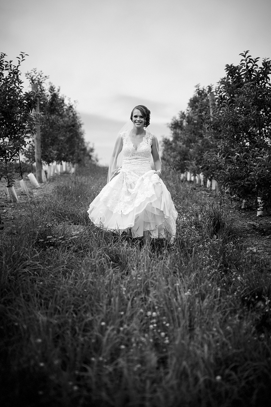 Marinacci_Kuipers-Farm-Rustic_Milwaukee-Wedding-Photographer_0029.jpg