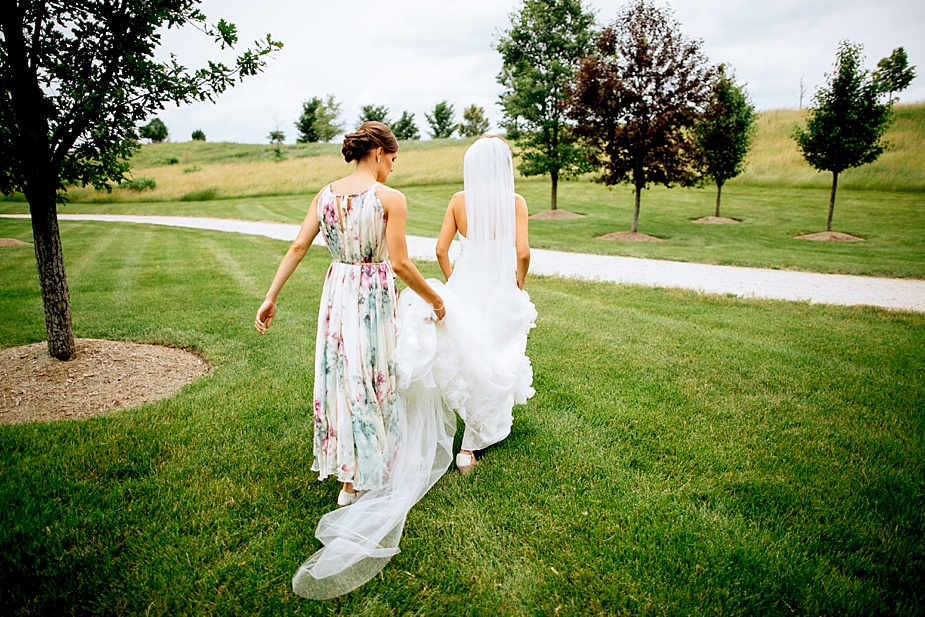 Alex+Becky-Lakeside-Backyard-Wedding_Milwaukee_Wedding_Photographer_0016.jpg