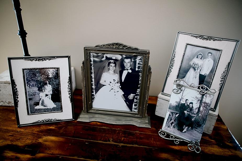 Taylor+Lauryn-Barn-Wedding-Milwaukee-Wedding-Photographer_0009.jpg